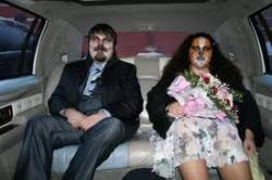 humour couple bizarre etrange.jpg