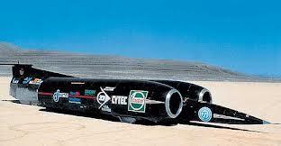 la-voiture-la-plus-rapide-du-monde.jpg