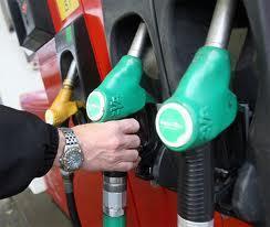 pompe-essence-gazole-prix-litre.jpg
